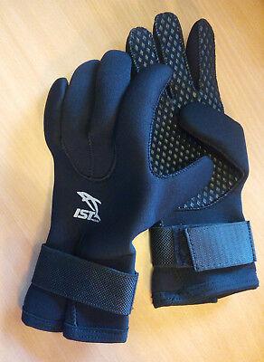 3mm wetsuit gloves with wrist strap. Warm, grippy palm, flexible (IST PRO MAKE)