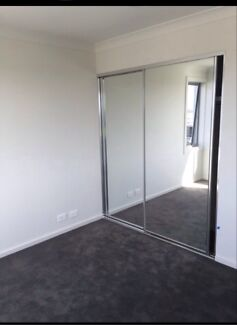 Liverpool/ Moorebank own room with key  no bills to pay