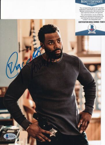 LAROYCE HAWKINS signed (CHICAGO P.D.) Atwater 8X10 photo BECKETT BAS Y03974