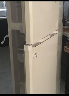 Fridge in great condition for sale $160.00
