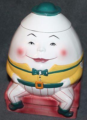 Nice Vintage Humpty Dumpty Cookie Jar Clay Art 1991