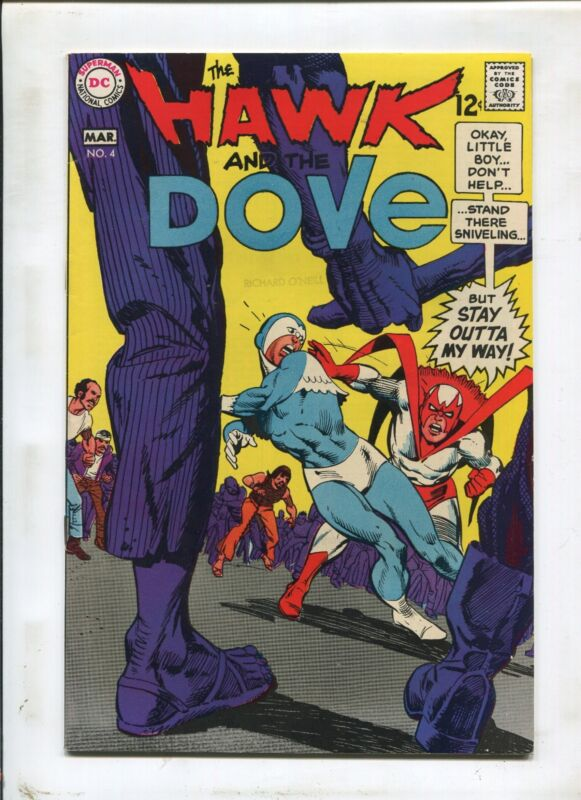 Hawk And The Dove #4 ~ Stay Outta My Way! ~ (Grade 8.0)WH