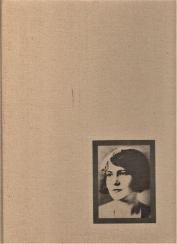 """1972 """"Razorback"""" - University of Arkansas Yearbook - Fayetteville, Arkansas"""