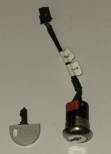 GE OEC 9800 / 9900 C-Arms Standby Key Switch / Cable Assembly p/n 00-879455-01