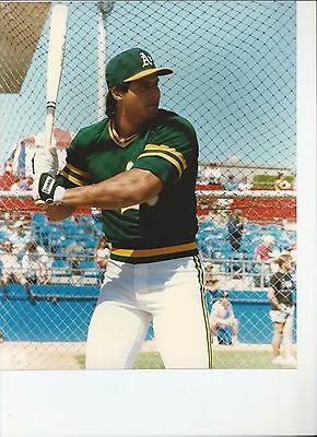 1989 MARK MCGWIRE Oakland A/'s BASEBALL ACTION Glossy Photo 8x10 PICTURE WOW!!