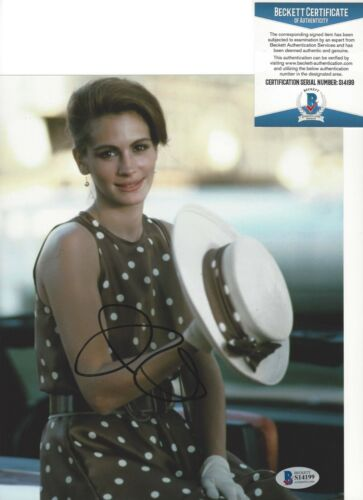 SEXY ACTRESS JULIA ROBERTS SIGNED PRETTY WOMAN 8x10 MOVIE PHOTO BECKETT COA A