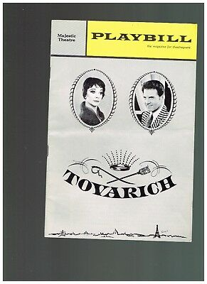 Sept 1 1963  - Majestic Theatre Tovarich Playbill  Vivian Leigh - Aumont