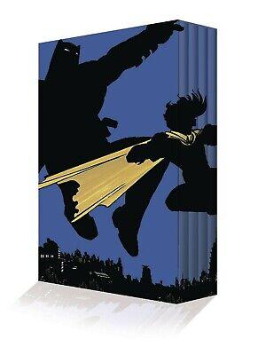 THE DARK KNIGHT RETURNS COLLECTORS EDITION BOX SET HARDCOVER DC Comics Batman (Dark Knight Returns Collectors Edition Box Set)