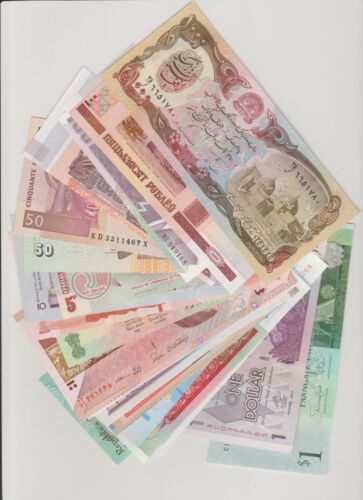 30 DIFFERENT BANKNOTES  30 DIFFERENT COUNTRIES 5 CONTINENTS  UNC