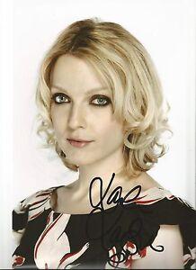 Genuine-Hand-Signed-Autographed-Photo-Lauren-Laverne-12-x-8-Good-Signature