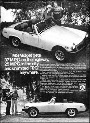 1976 Young couple woodlands MG Midget British Car retro photo print ad ads32