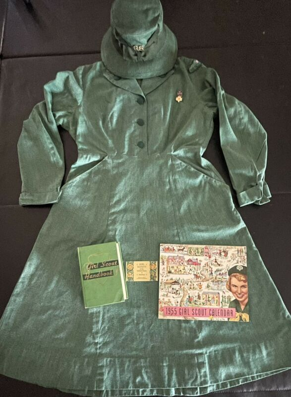 RARE 1953 Vintage GIRL SCOUT LEADER UNIFORM DRESS-HAT-CARD- BOOK-1955 CALENDAR