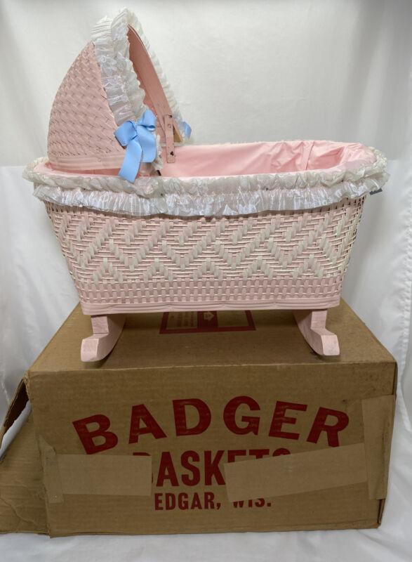 Pink Blue Bow Wicker Baby Cradle Rocking Bassinet Vintag Badger Basket Toy Doll