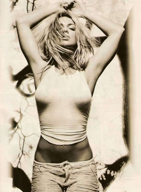 Britney Spears Unsigned 8x12 Photo (128)