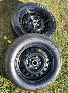 15in holden rims and tyres