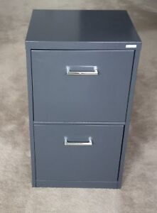 FILE CABINET - 2 drawer