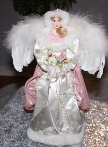 VICTORIAN CHRISTMAS ANGEL IN PINK/ WHT FAUX FUR/FEATHER WINGS TREE TABLE TOPPER