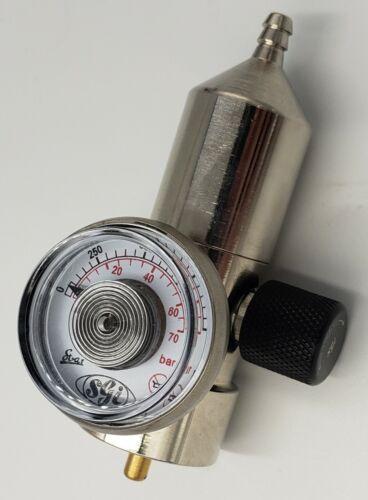 0.5LPM Fixed Flow Calibration Gas Regulator CGA 600