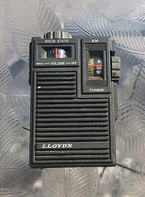 Lloyd's Solid State Retro Vintage Handheld Transistor Radio Model NN - 8379