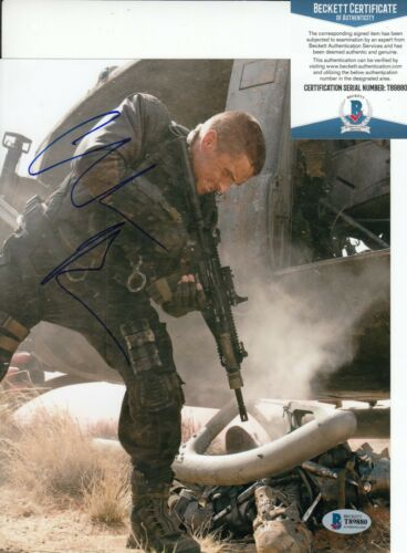 CHRISTIAN BALE signed (TERMINATOR SALVATION) Movie 8X10 photo BECKETT BAS T89880