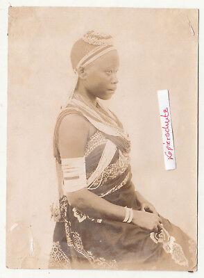 Foto Afrika Mädchen in Tracht Afrikanerin Ureinwohner Volk Natives (Afrika Tracht)