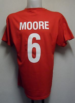 ENGLAND MOORE NO.6 RETRO 1966  FOOTBALL TEE SHIRT SIZE MEN'S LARGE BRAND NEW