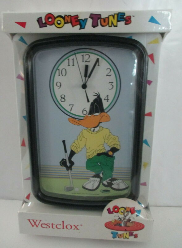 Vintage Westclox  Looney Tunes Daffy Duck Golf Wall Clock New in Box