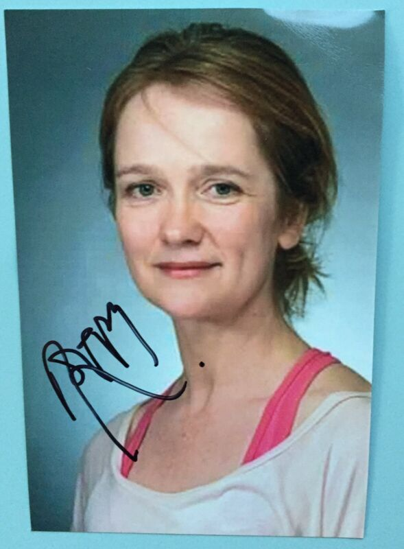 """Poppy Miller Signed Color Photo 4""""X6"""" Harry Potter and the Cursed Child Broadway"""