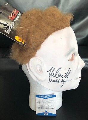 MICHAEL MYERS NICK CASTLE SIGNED HALLOWEEN MASK AUTHENTIC AUTOGRAPH BECKETT 8](Michael Myers Halloween 8 Mask)