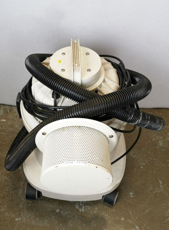 12776 TIGER-VAC CLEANROOM VACUUM CLEANER SYSTEM, 240V, 50HZ, 4.5A, 1000W CR-1