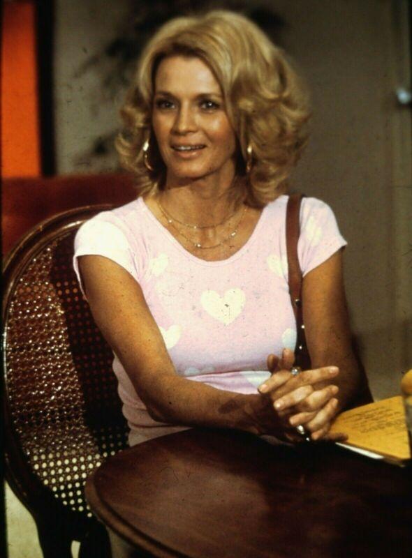 ANGIE DICKINSON - US Actress - Original Vintage 35mm PORTRAIT Slide - 1980