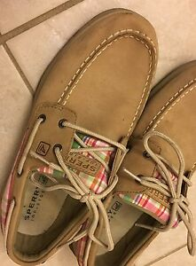 Ladies size 8 Sperry shoes