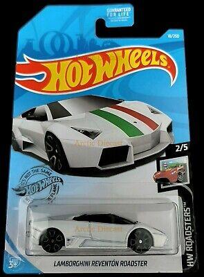 Hot Wheels 18/250 - 2019 Pearl White Lamborghini Reventón Roadster Italy Case P