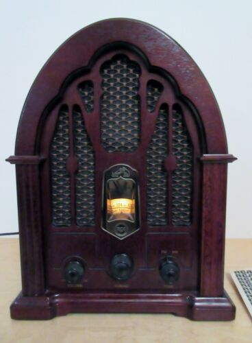 Vintage RCA Victor Cathedral Radio Model Antique Reproduction RP-3895