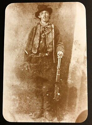 BILLY THE KID (1859-1881) ALIAS WILLIAM H BONNEY & KI  NEW REAL PICTURE POSTCARD