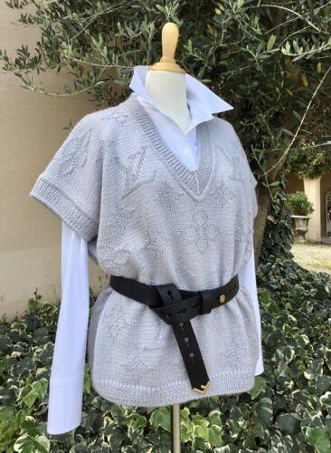 Pull en laine dessin louis vuitton col en v  t.38-42
