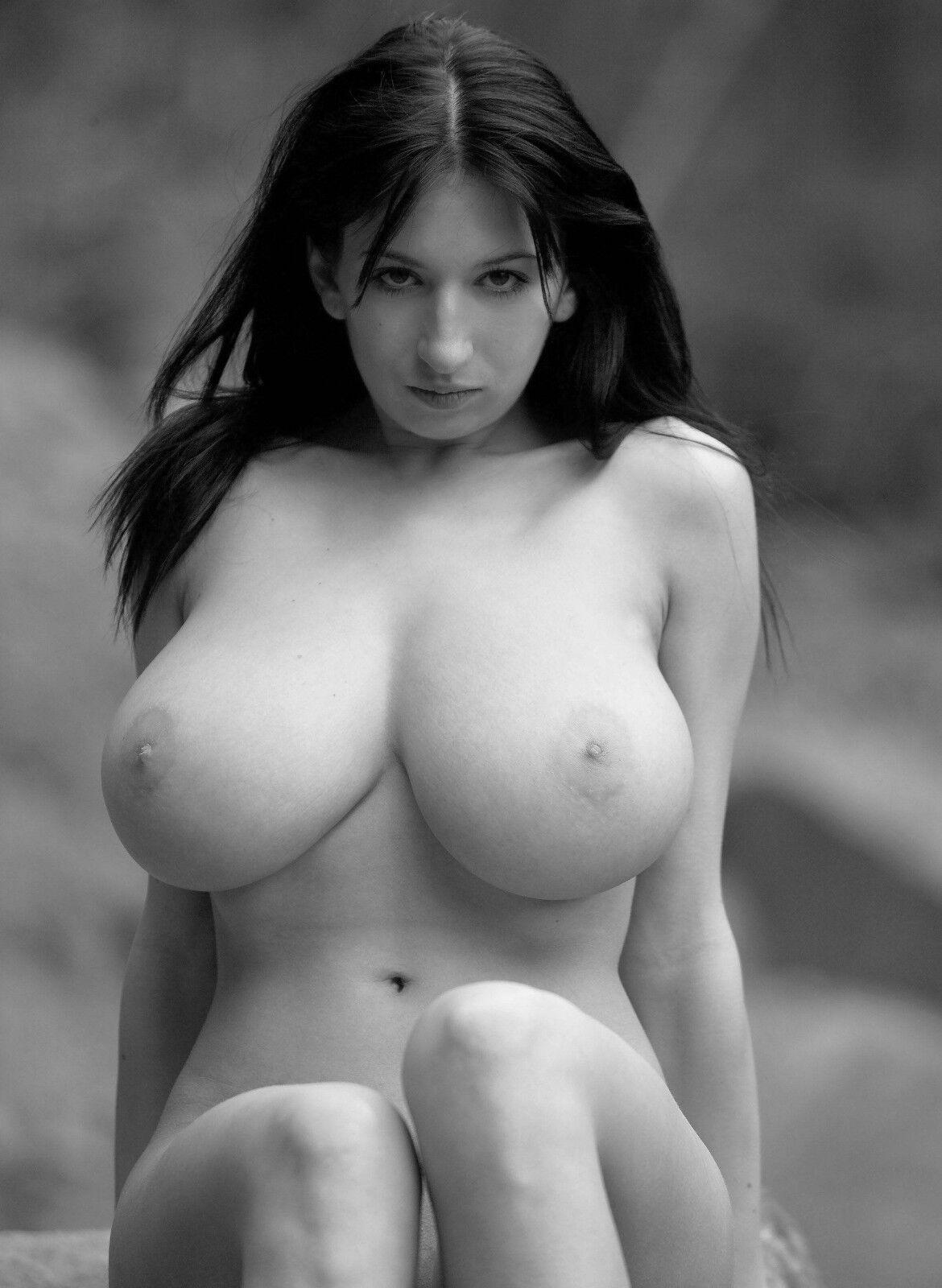 голые женьщишы фото