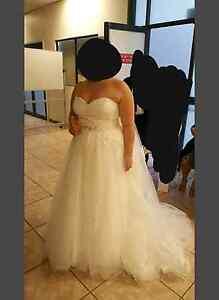 Wedding dress Penshurst Southern Grampians Preview