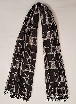 UNI SEX SCARF BLACK WHITE SUPER SOFT 45x180cm RRP£38