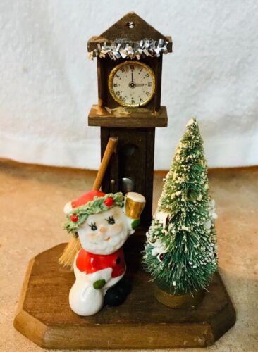 VTG 1977 Enesco Republic of China WOODEN Clock & Porcelain Santa XMAS Ornament