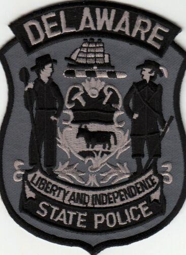 DELAWARE SUBDUED STATE POLICE SWAT SHOULDER PATCH DE