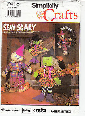 Not Scary Halloween Crafts (Simplicity Halloween Sew Scary Decor Scarecrow Witch Sewing Pattern 7418)