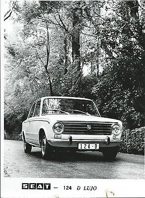Seat Fiat 124 D Lujo Original Press Photograph