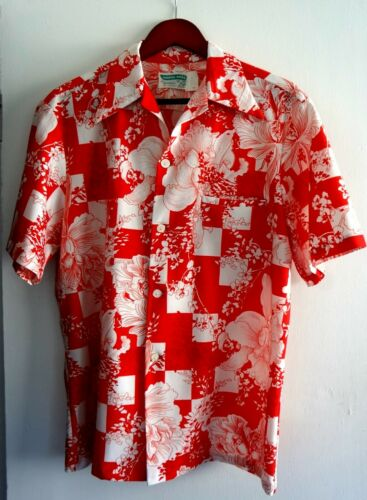 Vintage Waikiki Wear by Mildred
