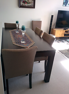 Dining table Macquarie Park Ryde Area Preview