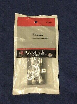 Radio Shack Dpdt Knife Switch 200vdc 0.5a New