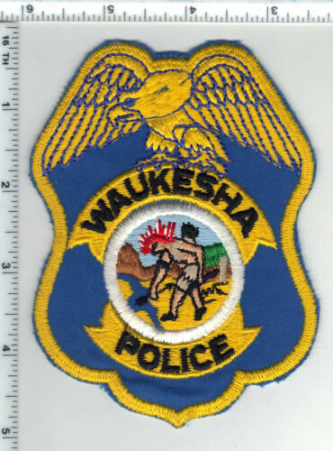 Waukesha Police (Wisconsin) 1st Issue Blue Background Shoulder Patch
