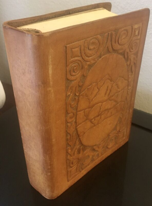 New American Standard Bible Collins World Reference Edition Tooled Leather