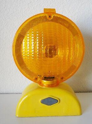 Dicke Safety Orange Yellow Road Construction Barricade Barrier Blinking Light