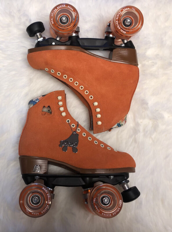 Moxi Lolly Roller Skates Clementine Size 6! Brand New - Quick Shipping